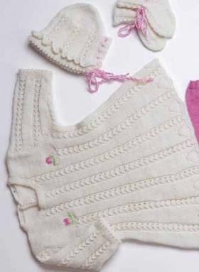Шапка и носочки для малыша