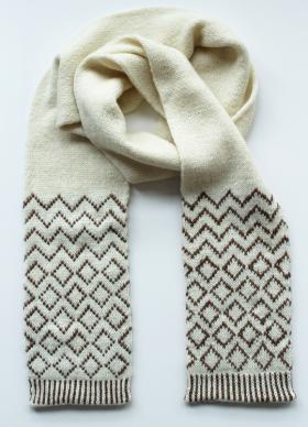 Двойной шарф с жаккардовым узором