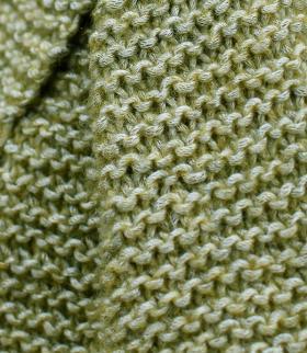 Шарф платочной вязкой - Фото 1