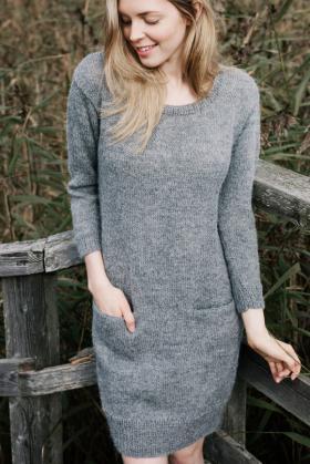 Платье с карманами из альпаки