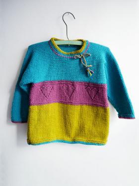 Детский цветной свитер спицами