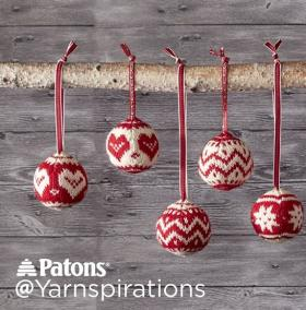 Новогодние шарики со скандинавским узором