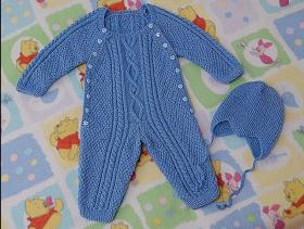 Комбинезон для малыша со жгутами