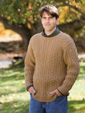 Классический пуловер с аранами