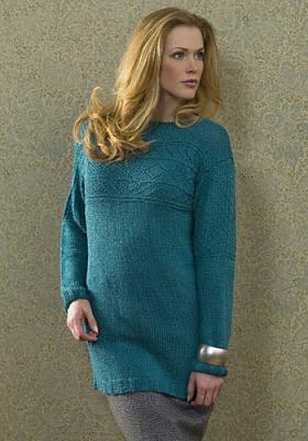 Удлиненный женский свитер спицами