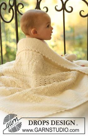 Плед спицами для малыша с волнистым узором