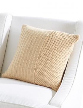 Подушка с узором соты