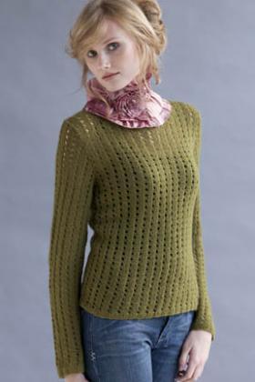Пуловер с мелкими ажурными дорожками