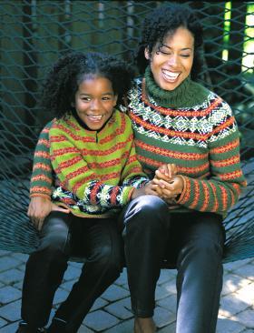 Яркий жаккардовый свитер