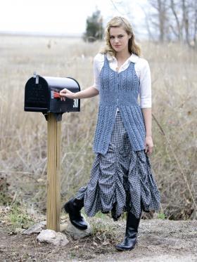 Жилет Алиса в стране чудес