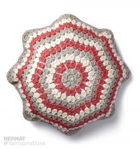 Восьмиугольная подушка крючком - Фото 1