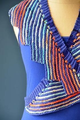 Цветная шаль с зубчатым краем - Фото 2