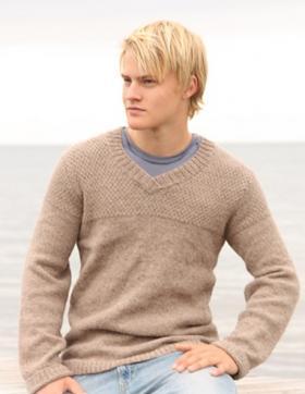 Бежевый свитер с V-образным вырезом