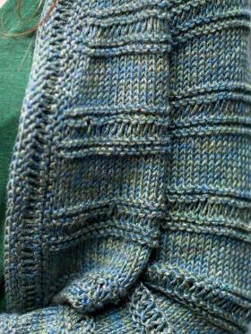 Болеро с текстурными полосами - Фото 1