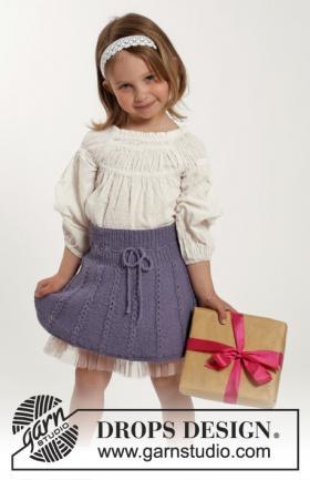 Короткая юбка спицами для девочки