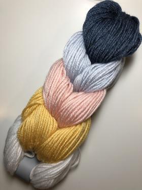 Кардиган с узором из цветных шевронов - Фото 2