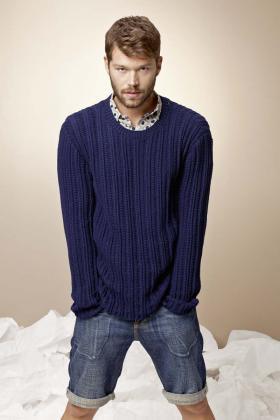 Пуловер с узором из пышной резинки