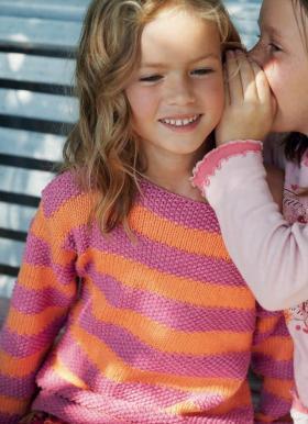 Полосатый свитер для девочки