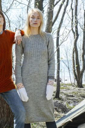 Прямое платье с узором из жгутов