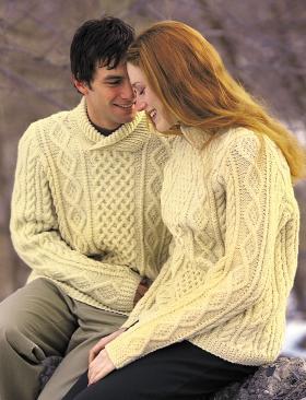 Шерстяной пуловер фантазийным узором