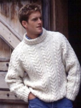 Пуловер классический реглан