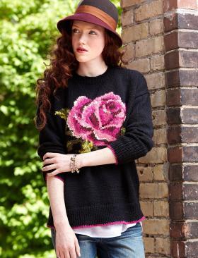 Свитер спицами с розой