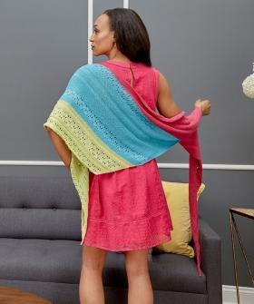 Асимметричная шаль с мелким ажуром