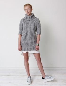 Свитер платье с карманами