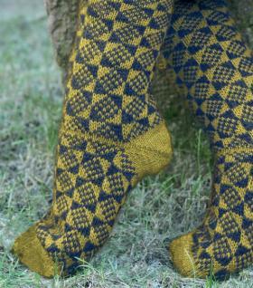 Носки с цветным узором ромбы - Фото 1