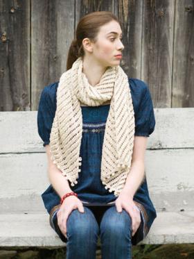 Ажурный шарф с диагональным узором