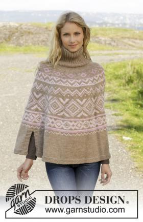 Вязаное спицами пончо с норвежским узором