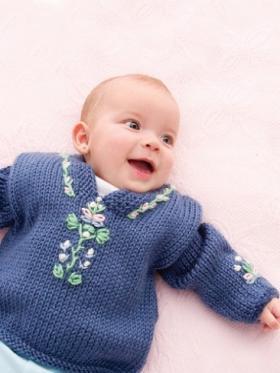 Детский свитер с вышивкой