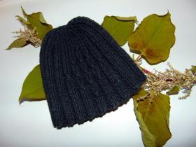 шапка для мужа с обвитыми петлями