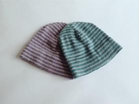 И еще новые полосатые шапочки связались))) Использовалась пряжа DROPS KARISMA (100% шерсть, 50 г/100 м).