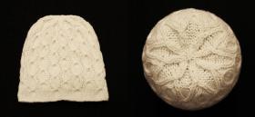 Женская шапочка с узором из кругов  Использовалась пряжа: A-elita quatro (50% шерсть, 50% акрил; 190м/100гр).