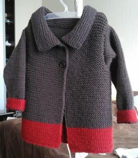 Стильное пальто-кардиган для маленькой модницы-брюнетки#1