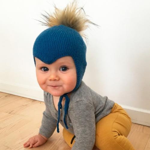Вяжем детскую шапку на завязках